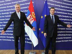 «Сербии так и не удалось стать слугой двух господ»